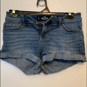 Good condition Hollister Jean Shorts